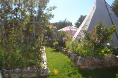 tipi en yurt mooi in jardin